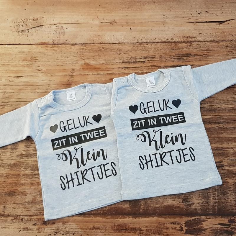 Shirtje Geluk Zit In Twee Kleine Shirtjes Tweeling Shirts Set Van 2 Kan Met Naam