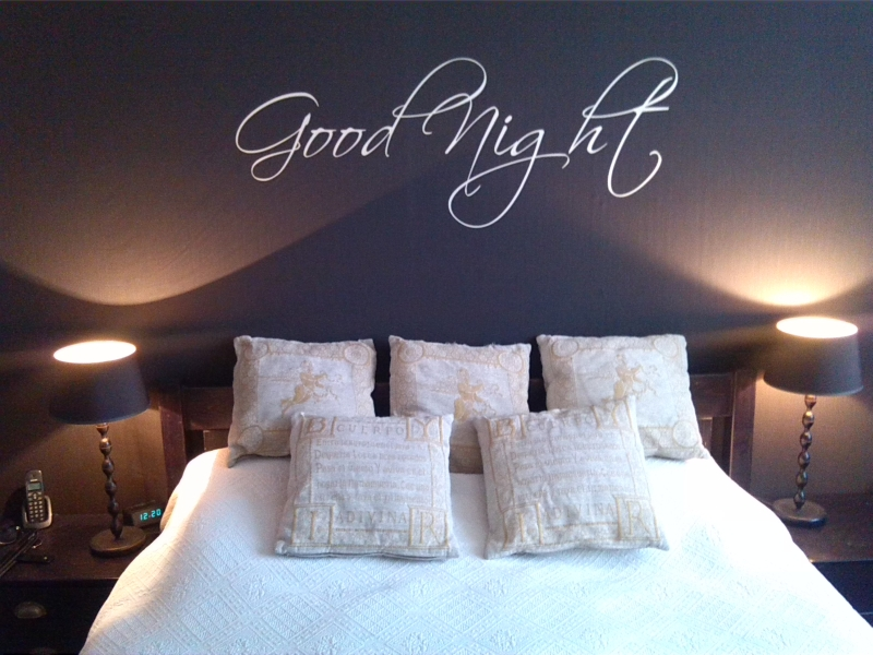 Teksten Voor Op Slaapkamer Muur : Good_Night_XL_4f9be4d68cd7d.jpg ...