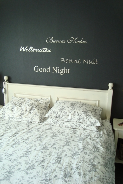 Muurteksten Slaapkamer: Muurteksten slaapkamer.